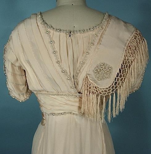 Платье 1909 года из шелкового крепа